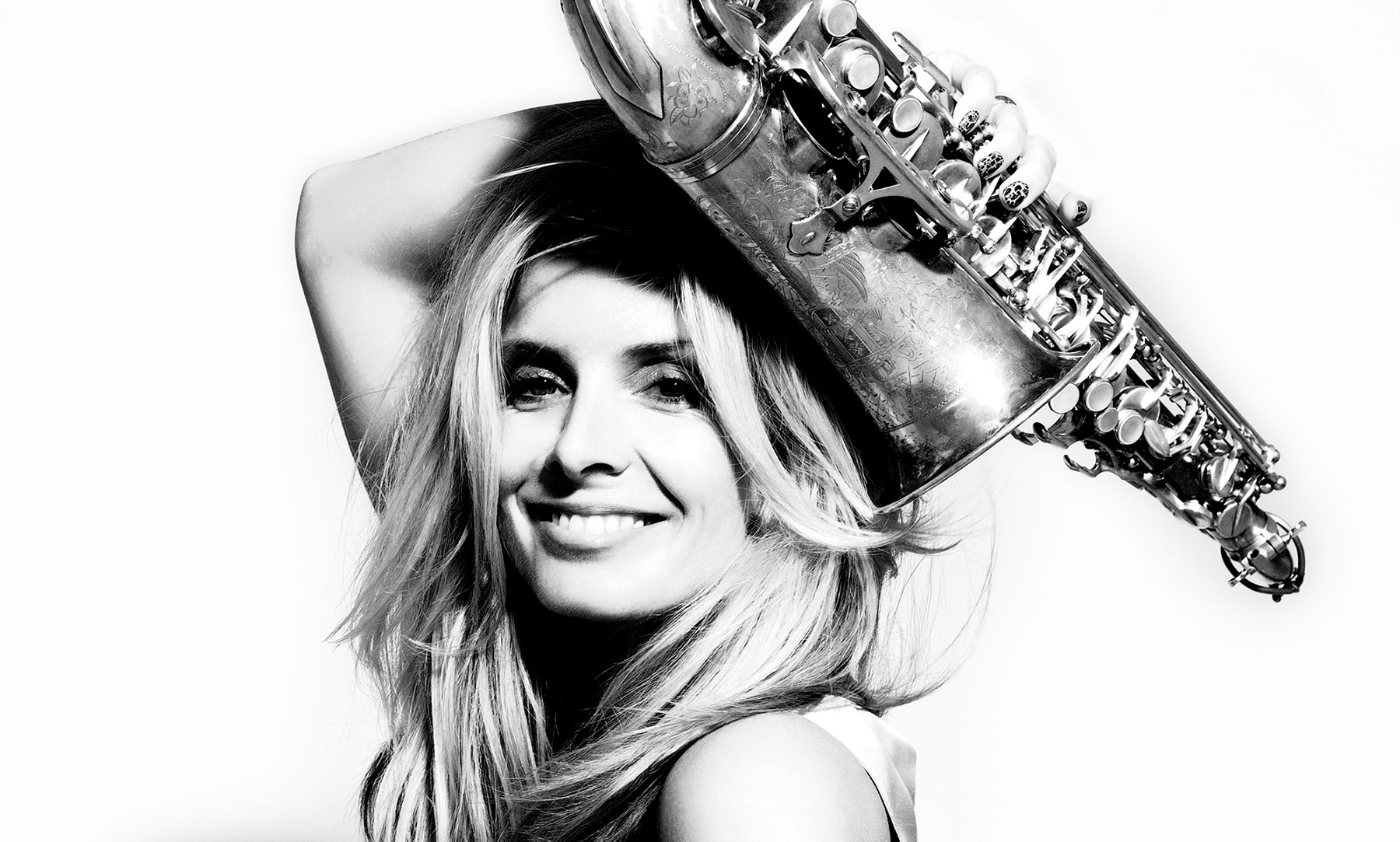 Candy Dulfer releases Crazy and chooses to play Free Wind alto