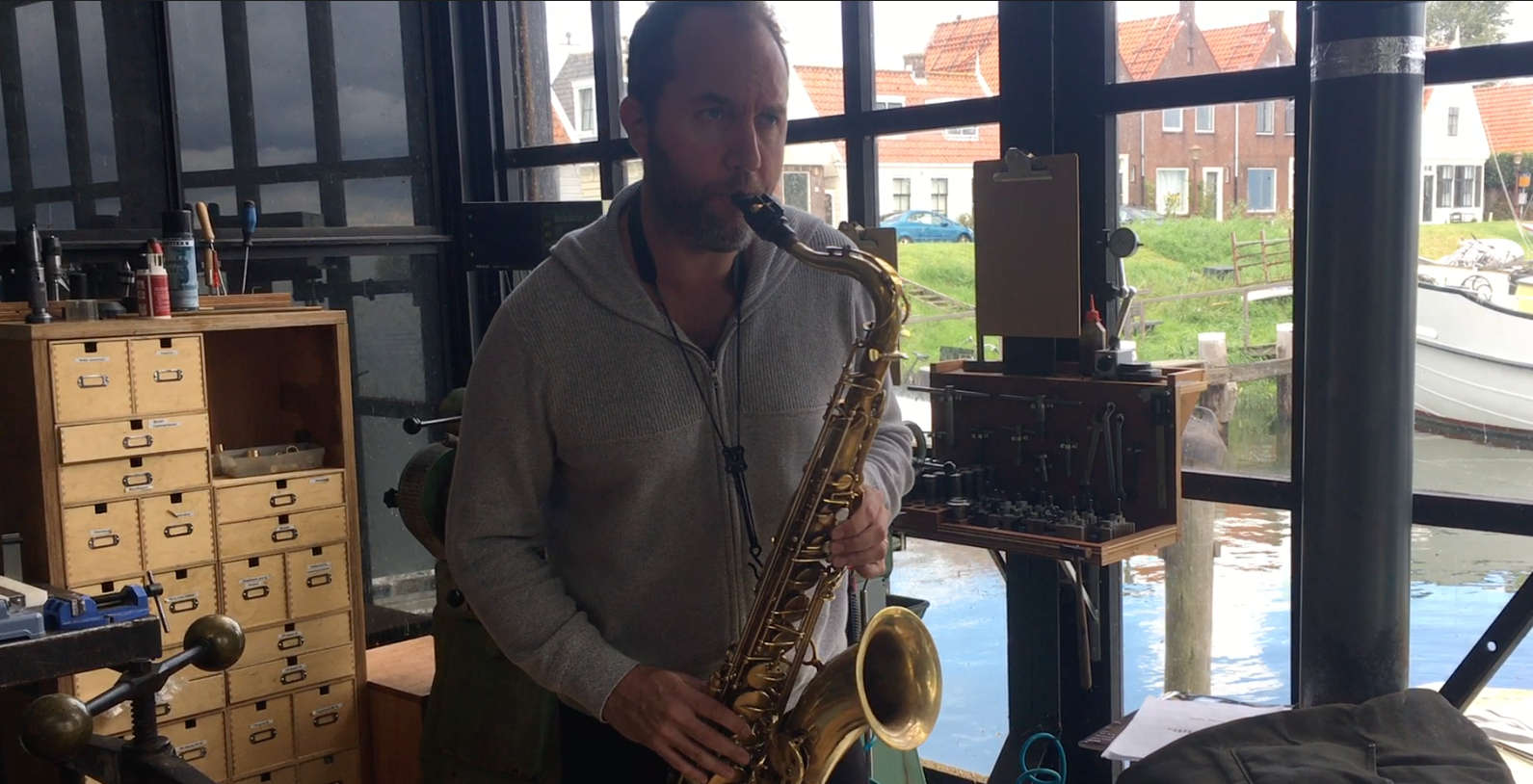 Will Vinson comes by to pick up his new Amsterdam Free Wind tenor sax prototype