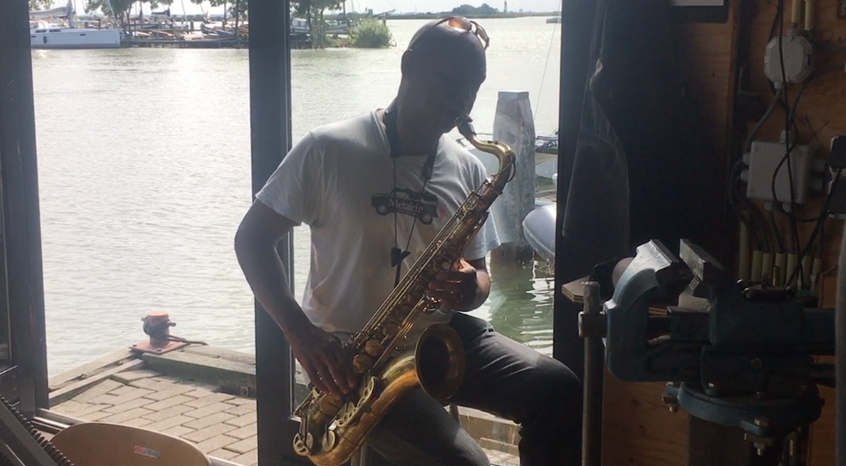 Branford Marsalis playing the Amsterdam Winds tenor saxophone